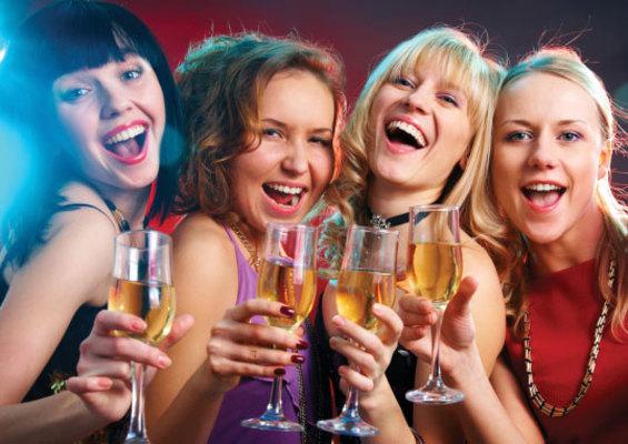 <h4>1. Πηγαίνεις σε ένα πάρτι και κάνεις νέες γνωριμίες</h4>  <p>Α. Την επόμενη ημέρα δε θυμάσαι ούτε το όνομά τους.</p>  <p>Β. Σκέφτεσαι πως ήταν μια ωραία αλλαγή. Γνώρισες καινούριους ανθρώπου
