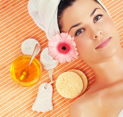 Το μέλι είναι με το μέρος σου και σου χαρίζει τέλειο λαμπερό δέρμα!