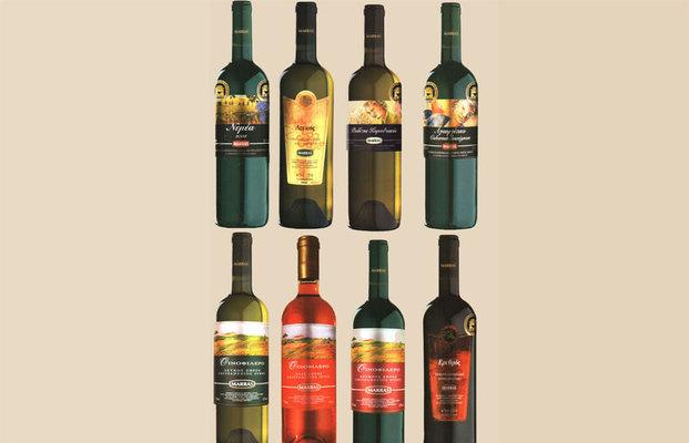 Τα κρασιά <b> ΜΑΡΡΑΣ </b> - βραβευμένα από τον διεθνή διαγωνισμό Οίνου Θεσσαλονίκης, με χρυσό κι ασημένιο μετάλλιο - προσδοκούν να μας χαρίσουν μοναδικές εμπειρίες γεύσης και απόλαυσης. Στους πρότυπου