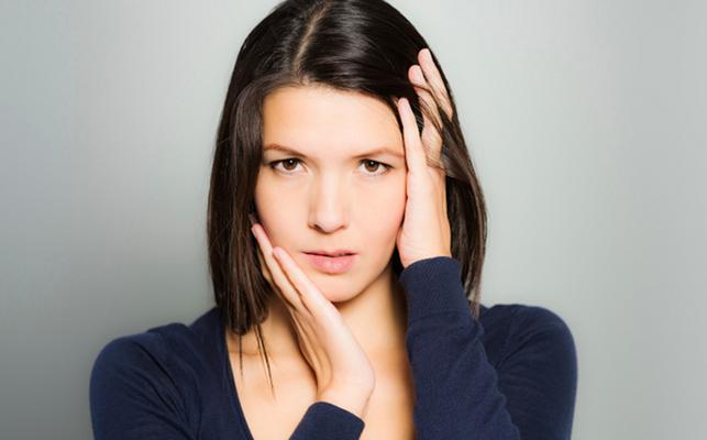 Ποιά είναι η σχέση σου με το άγχος; Ανησυχείς για τα πάντα ή δε σου καίγεται καρφάκι; Μήπως όλα ξεκινούν από την αυτοπεποίθησή; Απάντησε σε 9 ερωτήσεις και διάβασε τα αποτελέσματα.