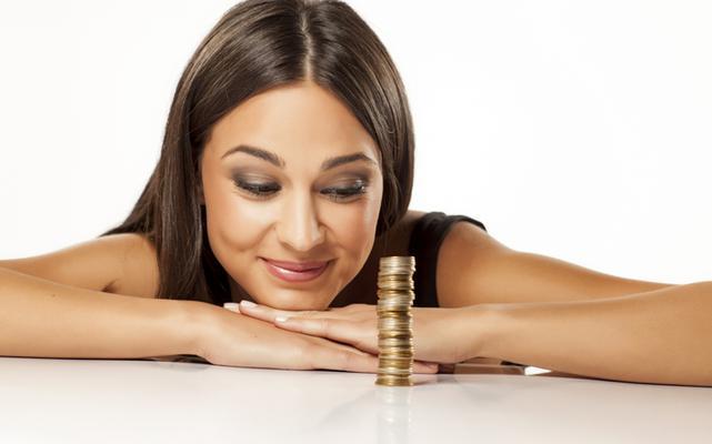 Σίγουρα γνωρίζεις πώς θα έπρεπε να εκμεταλλεύεσαι το μισθό ή τα διάφορα εισοδήματα. Αυτό δεν σημαίνει ότι το κάνεις κιόλας. Μήπως προτιμάς να ξοδέψεις ακόμα και το τελευταίο σου ευρώ σε εκείνα τα πανά