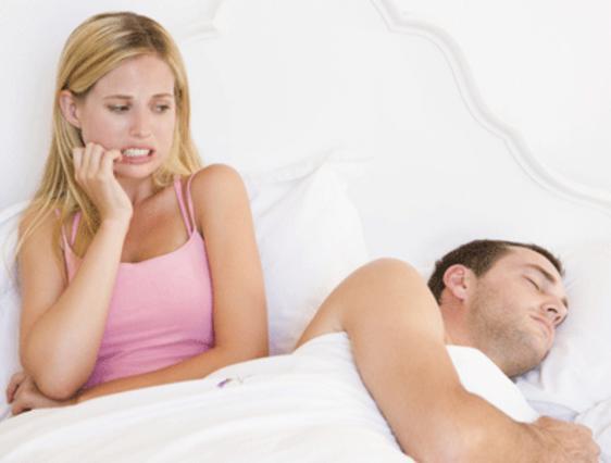 Πώς να αποφασίσετε αν θα πρέπει να συνεχίσετε να βγαίνετε με κάποιον