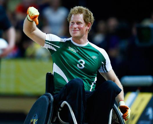 Σε αναπηρικό καροτσάκι ο 30άρης πρίγκιπας Χάρι