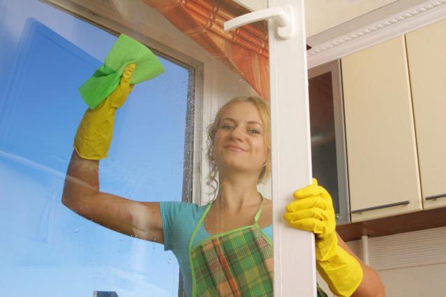 Κράτα τα τζάμια καθαρά με αμμωνία