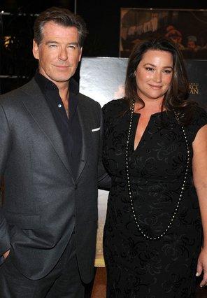 Παντρεμένος και τρισευτυχισμένος στο πλευρό της Κίλι Σέι Σμιθ είναι από το 2001 ο Πιρς Μπρόσναν.