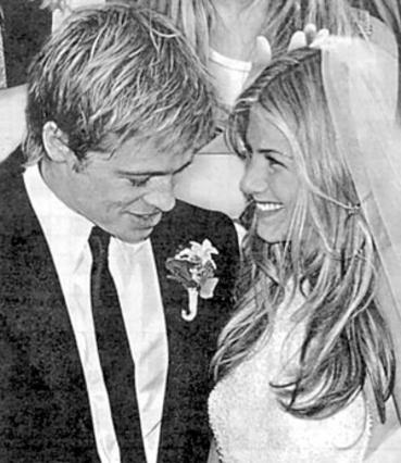 Η Τζένιφερ Άνιστον είχε ντυθεί νυφούλα το 2000 στο πλευρό του Μπραντ Πιτ. Για τον Τζάστιν Θερού, αυτός ο γάμος -όταν με το καλό γίνει- θα είναι ο πρώτος!