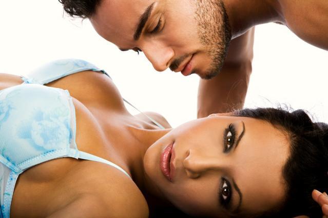 Το στήθος κάνει δουλίτσα στην απόλαυσή σου!