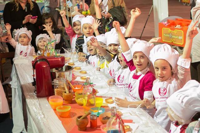 Παιδικές εκδηλώσεις στην πλατεία Κλαυθμώνος