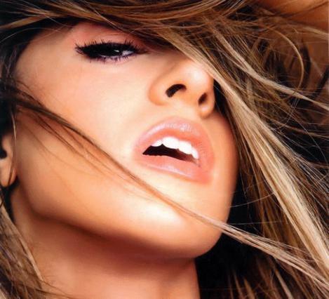 Μάθε ποια είναι εκείνα τα στιλ μαλλιών που σε δείχνουν πιο αδύνατη!