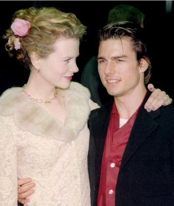 Όταν παντρεύτηκε τον Κρουζ, η Κίντμαν ήταν 23 χρονών.  Παντρεύτηκα πολύ γρήγορα και πολύ νέα , παραδέχεται σήμερα, χωρίς όμως να μετανιώνει για τίποτα.