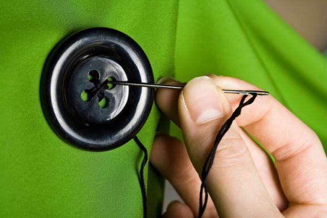 Το να ράψεις ένα κουμπί είναι πιο εύκολο από όσο φαντάζεσαι