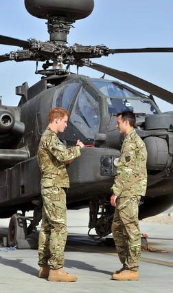 Από τσιτσίδι στο Λας Βέγκας, στο Αφγανιστάν με φουλ εξάρτηση βρέθηκε ο πρίγκιπας Χάρι -και μάλιστα με συνοπτικές διαδικασίες. Ας πρόσεχε...