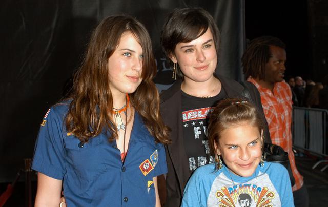 Οι κόρες της Ντέμι Μουρ μεγάλωσαν... Πολύ!