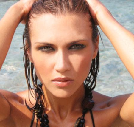 Μάθε πώς θα πετύχεις το τέλειο μακιγιάζ παραλίας!