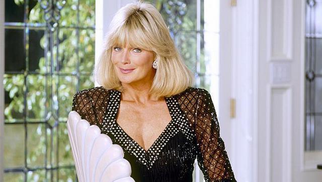 Η Λίντα Έβανς  ξεφορτώθηκε  την  Κριστλ  -Δες το νέο λουκ