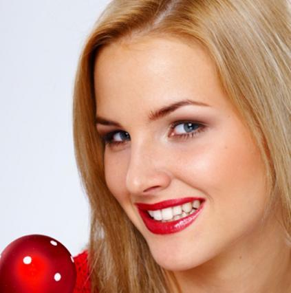 Μάθε πώς θα αποκτήσεις τα πιο σέξι χείλη των γιορτών!