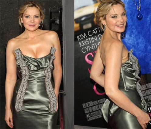 Η Κιμ Κατράλ ως γνήσια σεξοβόμβα ξέρει καλά πώς το σέξι στράπλες  φόρεμα είναι το απαραίτητο κομμάτι της γκαρνταρόμπας της!