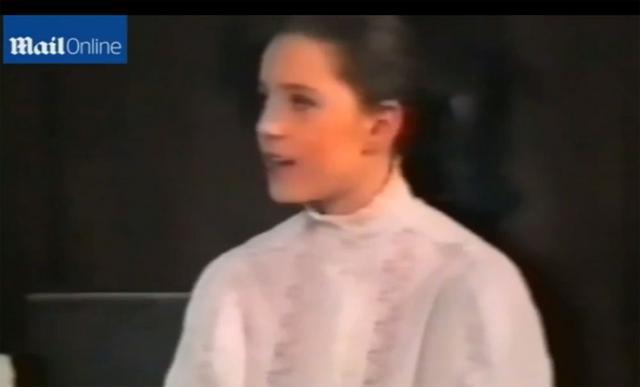 Δες την πριγκίπισσα Κέιτ 11 χρονών στο... σανίδι!
