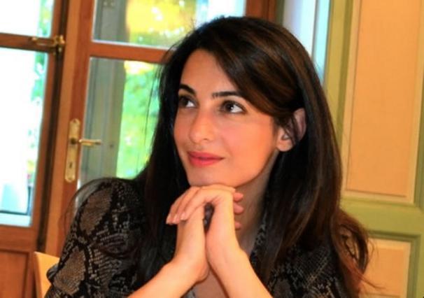 Αμάλ Αλαμουντίν: η αγγλίδα μεγαλοδικηγόρος που λέγεται ότι κέρδισε την καρδιά του Τζορτζ Κλούνεϊ