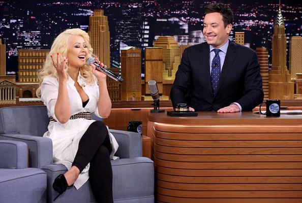 Το ταλέντο και η τεράστια φωνή της <b>Κριστίνα Αγκιλέρα</b> (Christina Aguilera) δεν χωρούν καμία αμφιβολία. Ίσως όμως να μη γνωρίζαμε τα όρια τους...   Η 34χρονη σταρ εμφανίστηκε στο <b> Tonight Show
