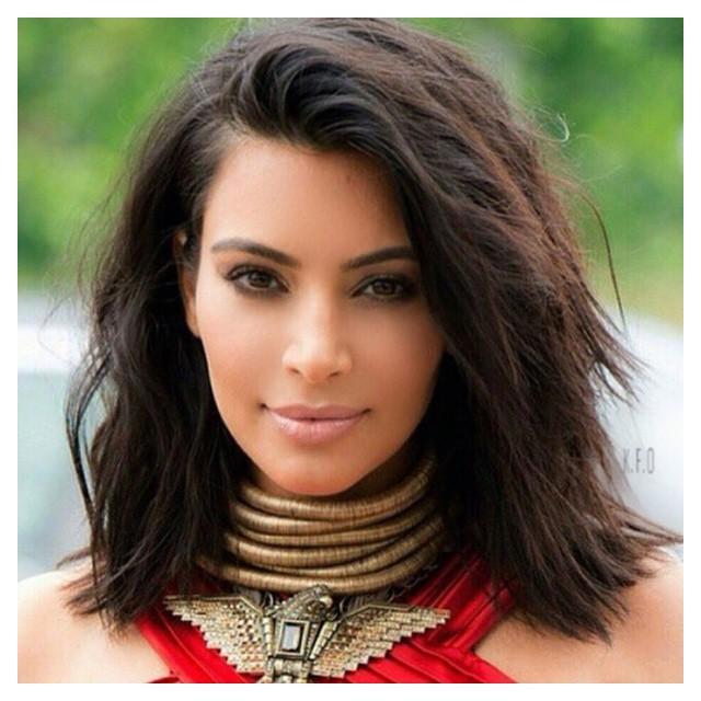 4 τέλειες σκούρες αποχρώσεις για τα μαλλιά σου το φθινόπωρο ... 7892253ce98
