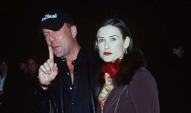 Ο Μπρους Γούλις και η Ντέμι Μουρ ήταν παντρεμένοι από το 1987 μέχρι το 2000. Μετά το διαζύγιο εκείνος ήταν σίγουρος ότι δεν θα ξαναέβρισκε την αγάπη, αλλά ευτυχώς έκανε λάθος...