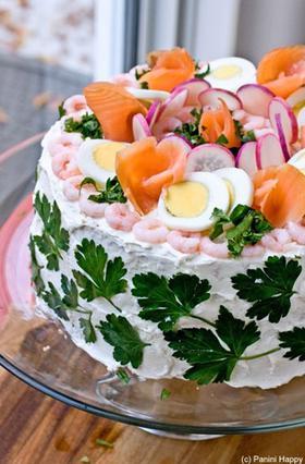 Αλμυρή τούρτα-σάντουιτς: Μάθε πώς θα τη φτιάξεις