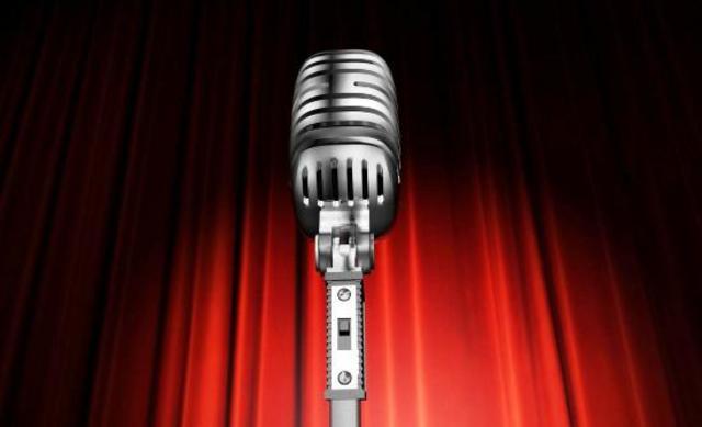 Η καυτή αποκάλυψη τραγουδίστριας: «Έχω κάνει σεξ στο καμαρίνι μου»