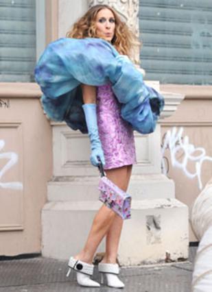Η απόλυτη εκπρόσωπος των παπουτσιών Σάρα Τζέσικα Πάρκερ που έκανε τα παπούτσια... τέχνη!