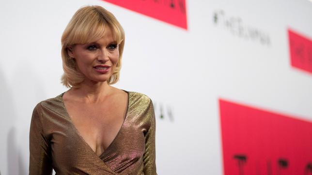 <p>Η τελευταία εμφάνιση της Πάμελα Άντερσον (Pamela Anderson) <strong>άφησε πολλά ερωτηματικά </strong>σχετικά με την κατάσταση στην οποία βρίσκεται καθώς <strong>η κούραση, η θλίψη και η... ηλικία ήτ