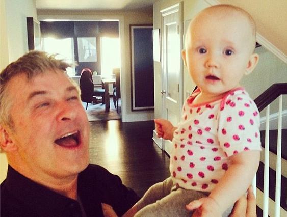 Η 7 μηνών κόρη του Μπόλντουιν τρύπησε τ' αυτιά