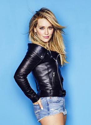 <p>Αφού ολοκληρώθηκε η φωτογράφηση για το τελευταίο τεύχος του Cosmopolitan, όπου αποκάλυψε -μεταξύ άλλων- ποιος ήταν αυτός που την έκανε γυναίκα, η Χίλαρι Νταφ (Hilary Duff) επιχείρησε μια <strong>απ