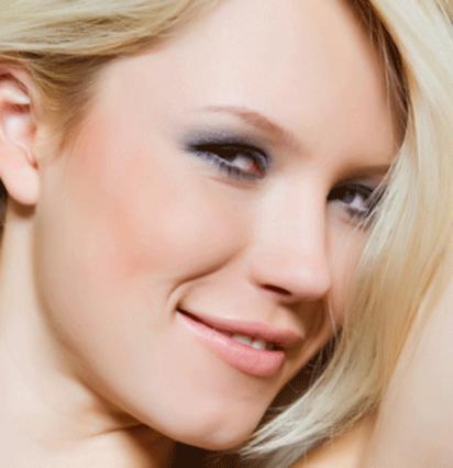 Μάθε πώς θα μεταμορφωθείς με την πολύχρωμη μάσκαρα! e94a6a5be45