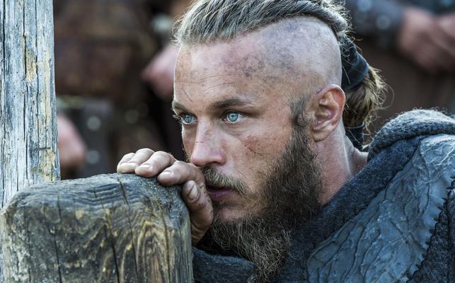"<p>Μία από τις τηλεοπτικές σειρές που κερδίζει ολοένα και περισσότερο το ενδιαφέρον του κοινού είναι οι <a href= https://www.facebook.com/Vikings?fref=ts  target= _blank ><strong>""Vikings"".<"