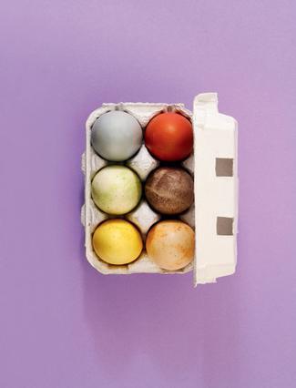 100% φυσικοί τρόποι να βάψεις αβγά