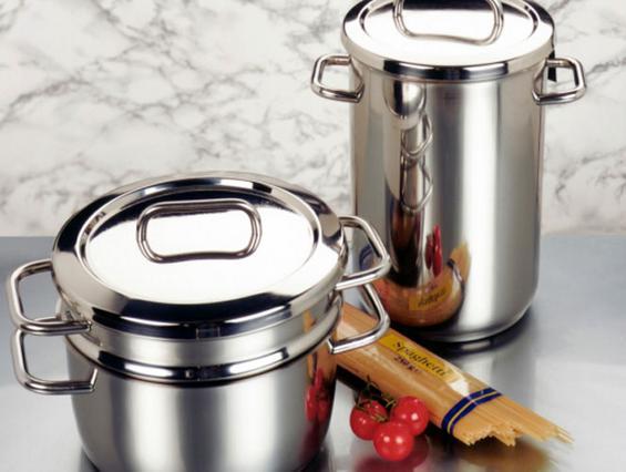 Πόσα & ποιά σκεύη είναι απαραίτητα στην κουζίνα;