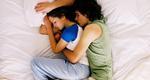 Οι στάσεις στον ύπνο δείχνουν τι ζευγάρι είστε!