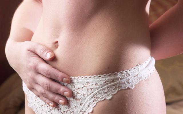 Πρησμένη κοιλιά: Γιατί υποφέρουμε οι γυναίκες;