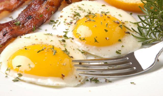 Τα μυστικά για τέλεια ποσέ αβγά