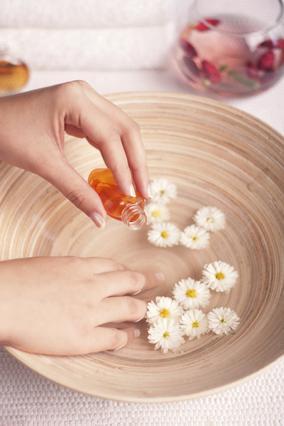 Μανταρίνι και πορτοκάλι τα αιθέρια έλαια που θα σε βοηθήσουν να ξεχάσεις την κυτταρίτιδα!