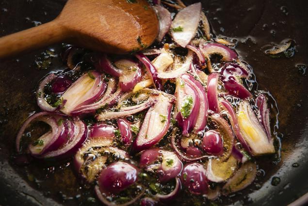 Σοτάρισμα: tips για τη  συνεύρεση  των λαχανικών