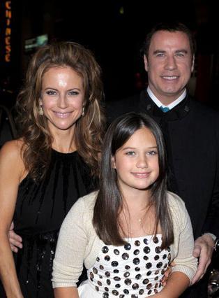 Ο Τζον Τραβόλτα με τη σύζυγό του, Κέλι Πρέστον και την 10χρονη  κόρη τους, Έλα Μπλου.