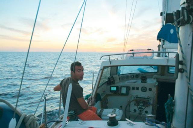 Σωτήρης Καλυβάτσης:  Πήρα το σκάφος μου και ήρθα στην Αθήνα !