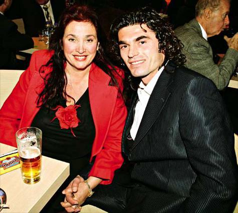 Τώρα TV star και στην Αλβανία