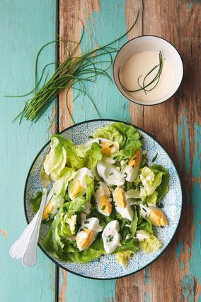 Σαλάτα με αβγά και μαγιονέζα