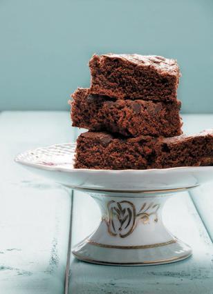 Εύκολο μπράουνι (brownie) με αλεύρι ολικής αλέσεως και ελαιόλαδο