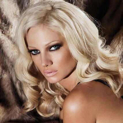 Η Αλεξανδράτου από πορνοσταρ πάλι μοντέλο: Δες την ημίγυμνη εμφάνιση