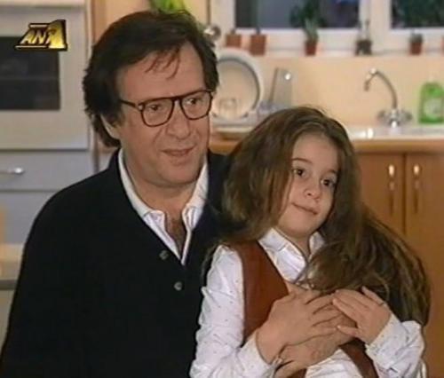 Η  κόρη  του Καρρά μεγάλωσε και κατεβαίνει στην πολιτική