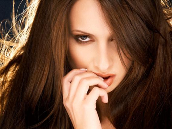 4 σαγηνευτικά χρώματα για τα μαλλιά μας το φθινόπωρο
