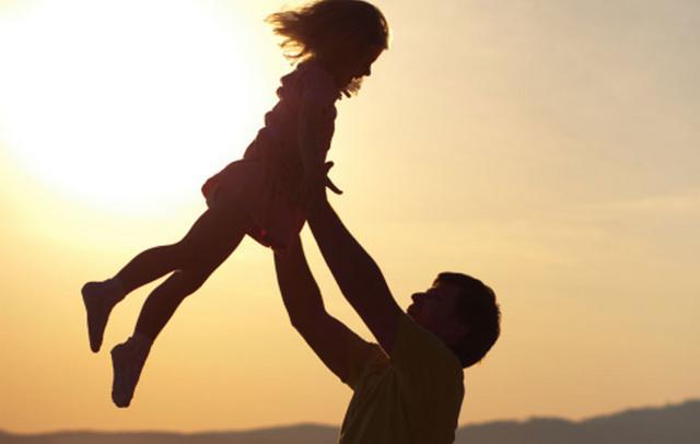 Γιορτή του πατέρα: Θυμήσου πόσο σ΄αγαπά
